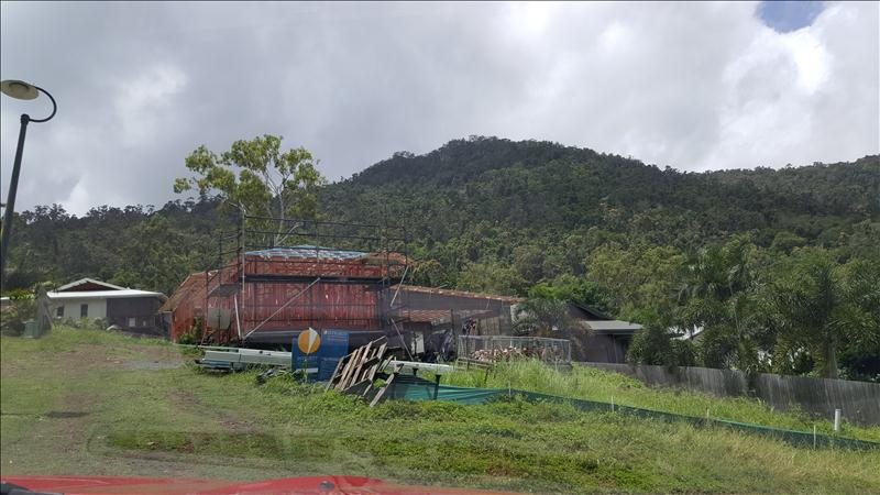 New Build In Country Road Cannonvale