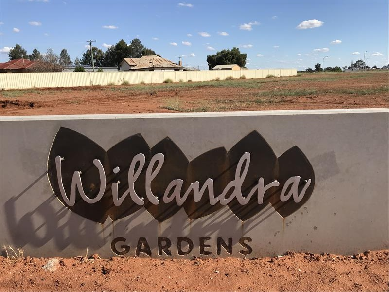 THREE HOMES TO START AT WILLANDRA GARDENS